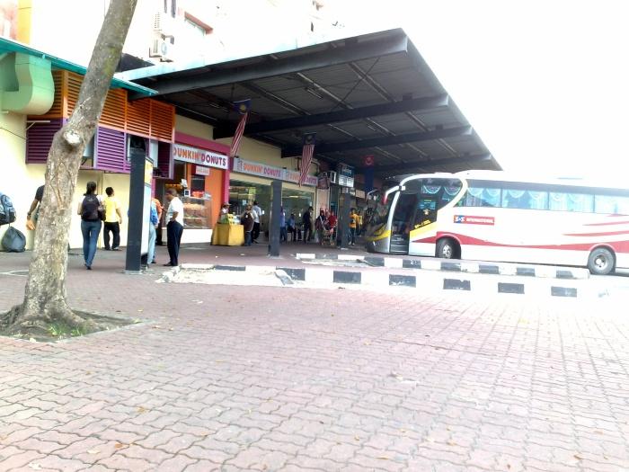 Larkin_Bus_Terminal,_Johor_Bahru.jpg